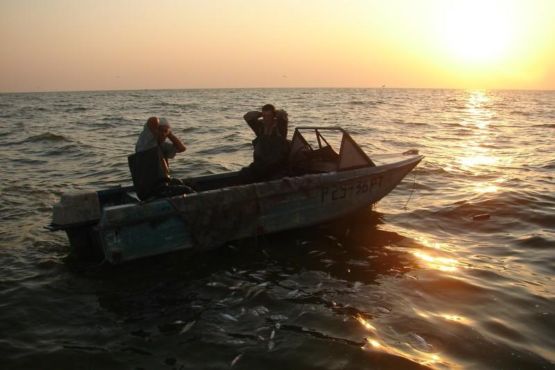 рыбацкие базы в приморско ахтарске
